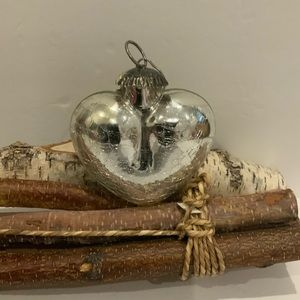 Other - Heirloom Silver Look Ornament.